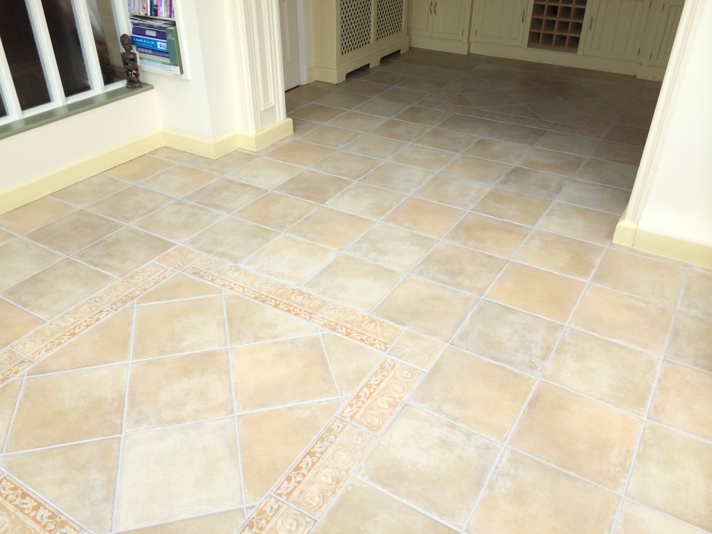 Dirty Tile and Grout Resolved in Maidenhead After