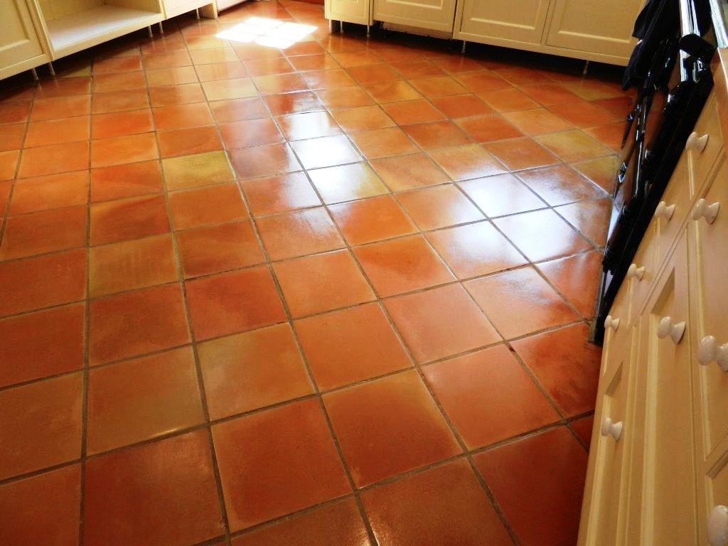 Berkshire tile doctor your local tile stone and grout cleaning terracotta tiled floor in a kitchen after cleaning and sealing dailygadgetfo Gallery