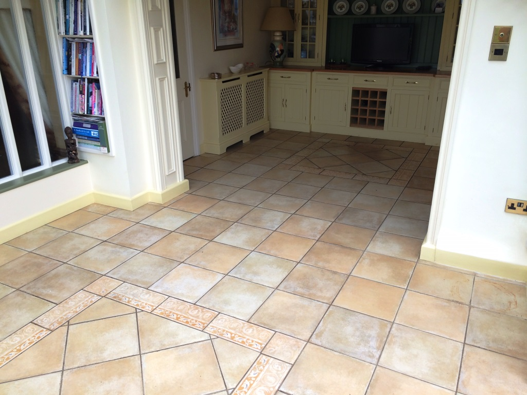 Tiled floor berkshire tile doctor dirty tile and grout resolved in maidenhead before cleaning dailygadgetfo Image collections